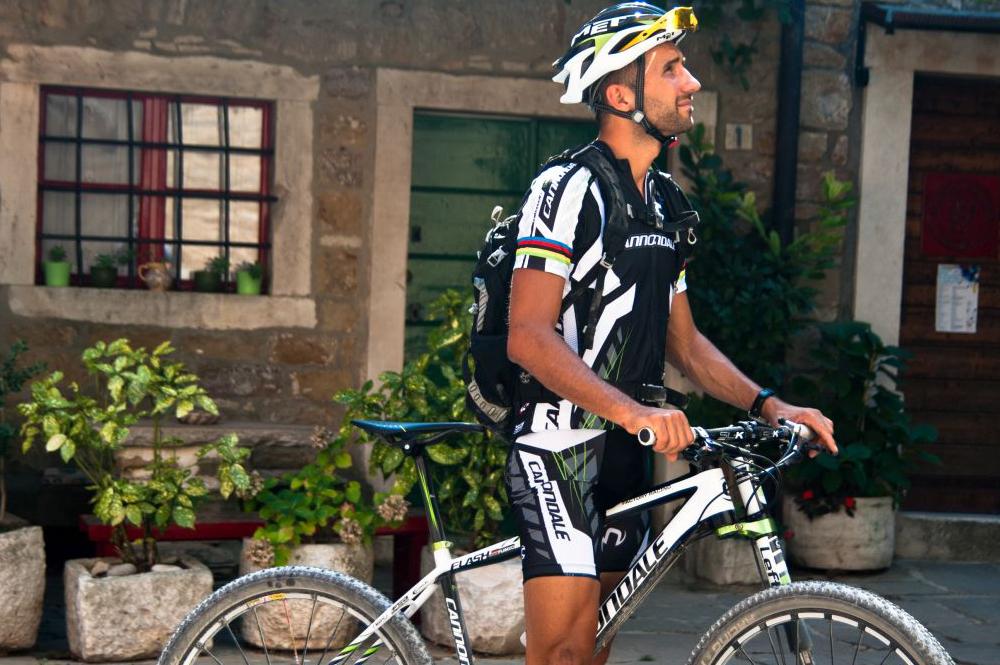 bike-istra-fahrrad-fahren-stadt-mtb-landschaft-race-istrien-pool-villa-exclusive-living-tar-kroatien-urlaub